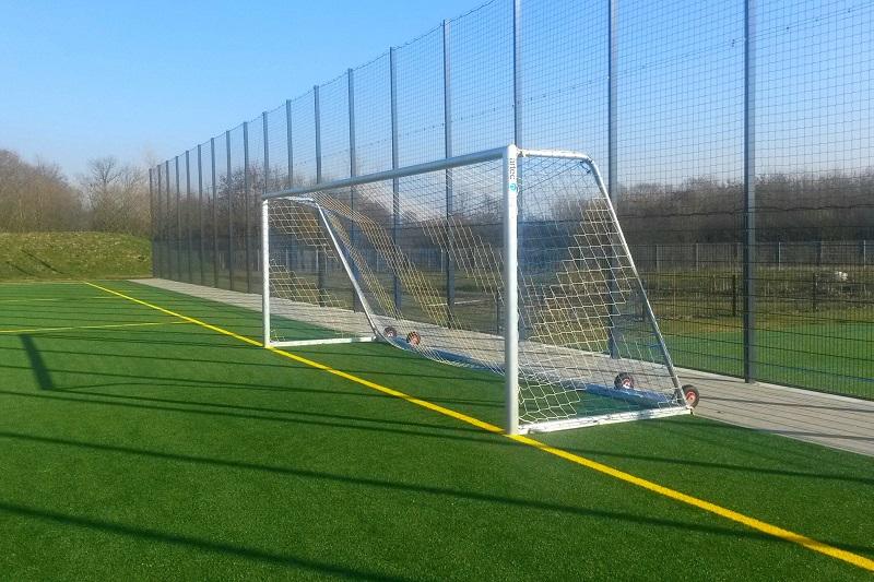 Mobiles Fußball-Trainingstor PROTECTOR -easytec-
