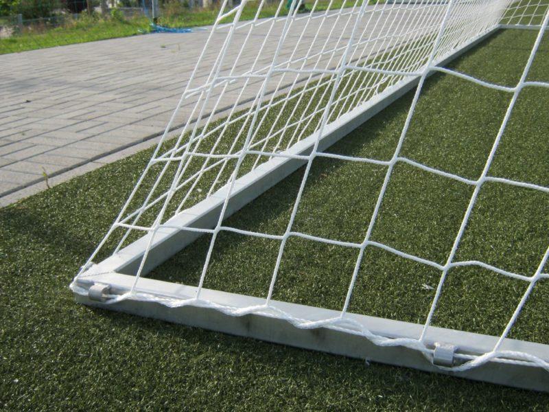 Bodenrahmen für Fußballtore mit 1,50 m Auslage