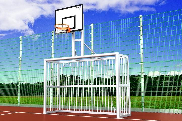 Bolztor mit Torwand und Basketballaufbau