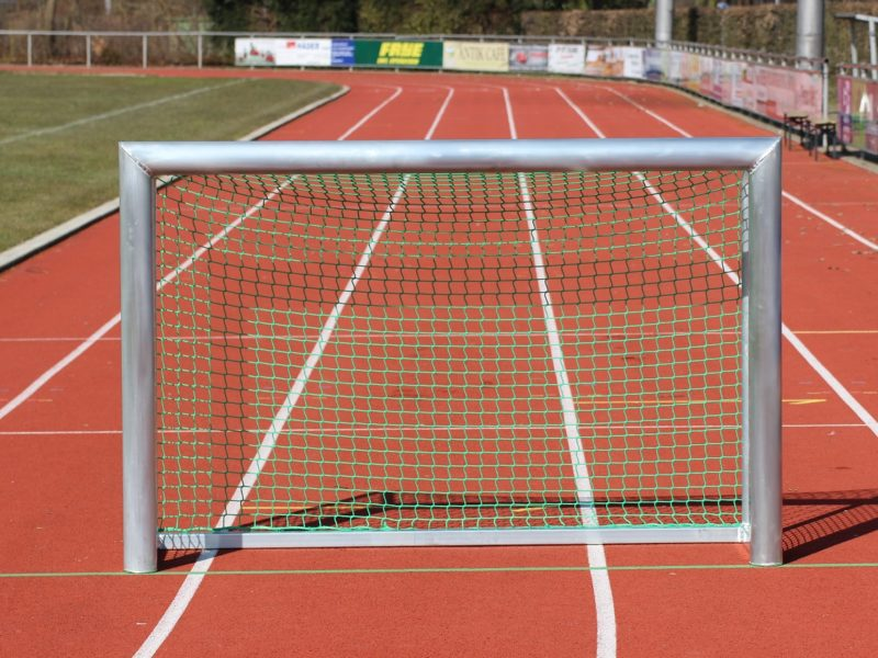 Mini-Trainingstor mit Ovalprofil, 1,80 x 1,20 m