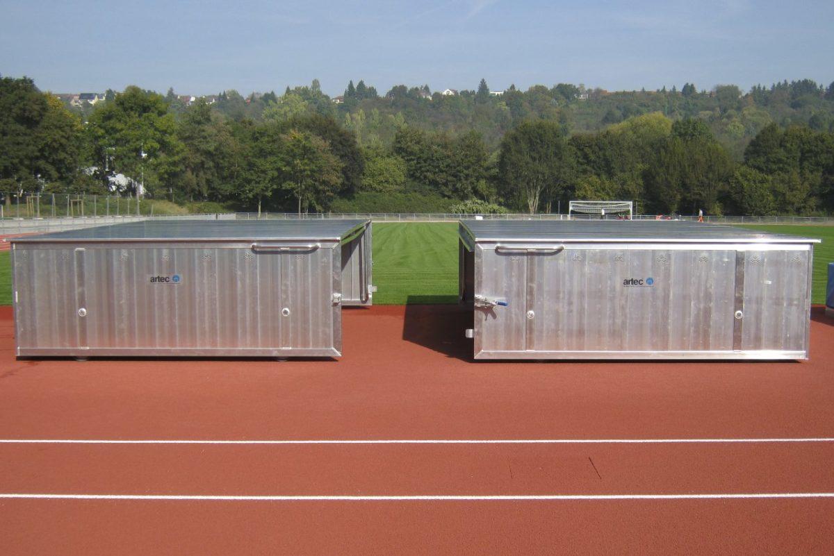 Fahrbare Sicherheitsabdeckung für Hochsprungmatten von artec Sportgeräte