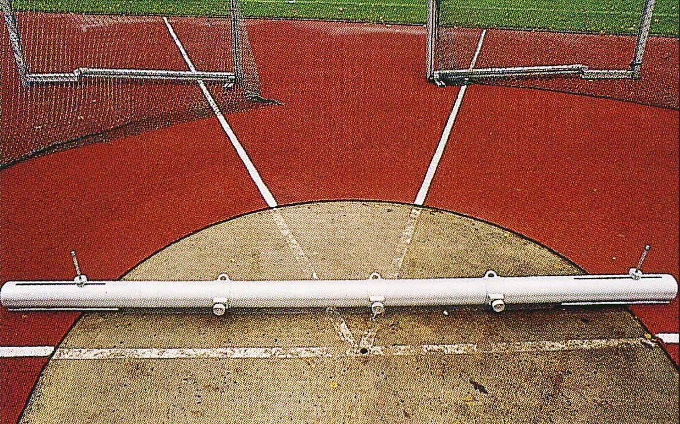 Befestigungsbalken zur Anpassung des Diskusringes / Kugelstoßringes für Rollstuhlfahrer von artec Sportgeräte