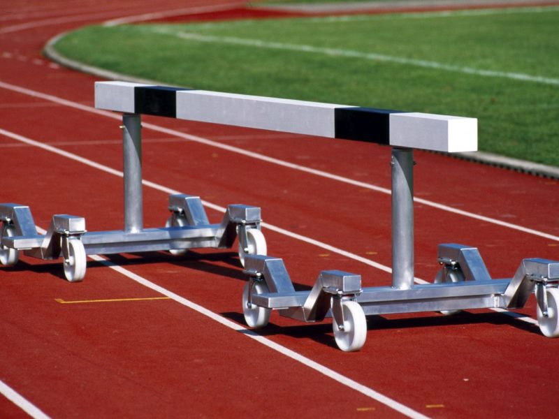 Transport dolly for obstacles made of aluminum