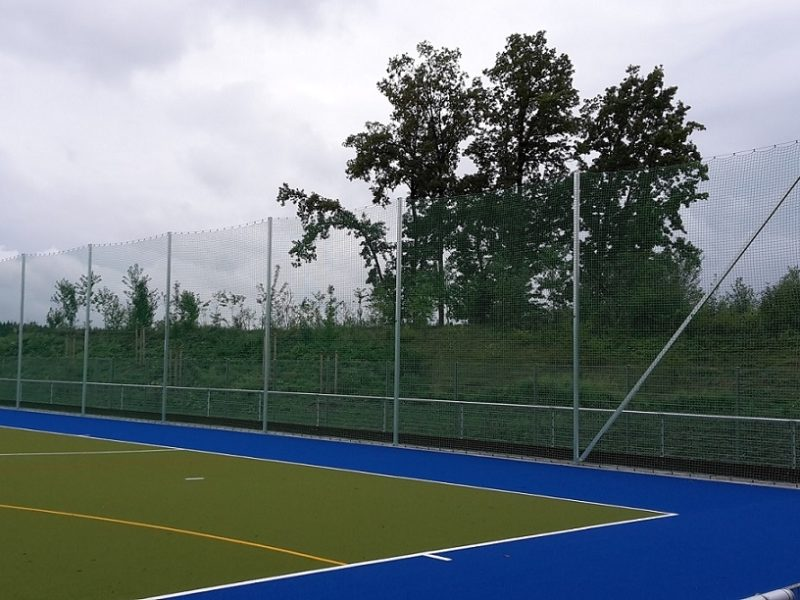 Post for ball stop system made of aluminum
