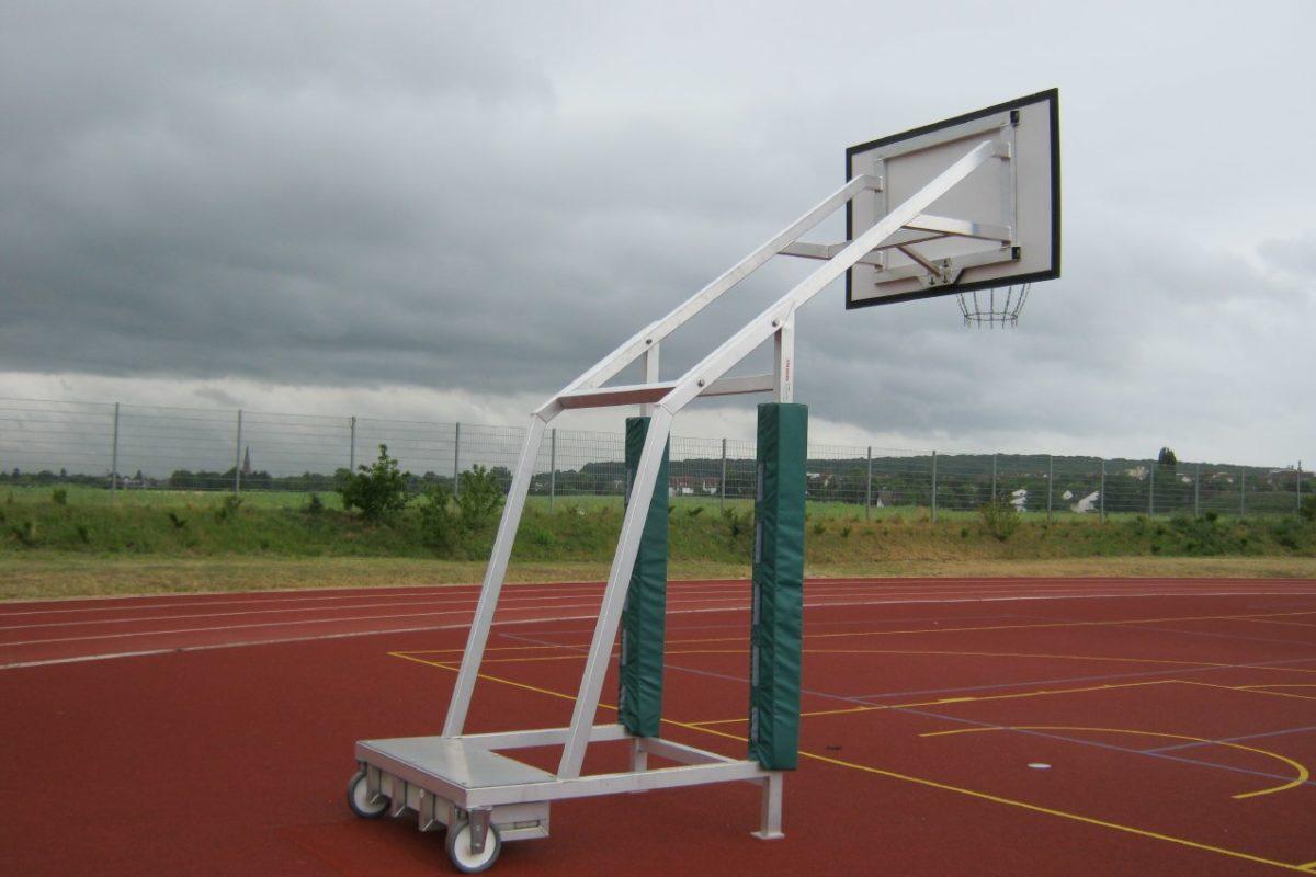 Schutzpolster für mobile Basketball - Anlagen artec Sportgeräte